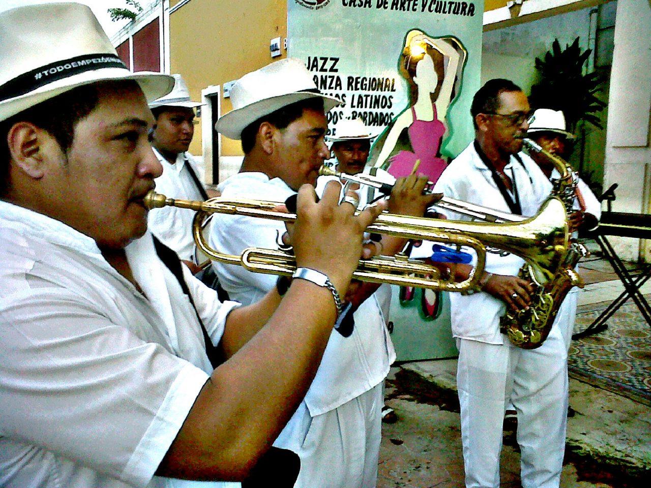 Orquesta Zaci.